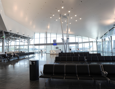 Helsinki-Vantaa Airport, Terminal 2 arched roof with PAROC Blowing wool